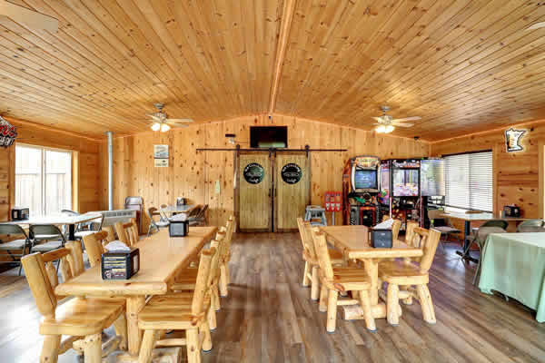 Great private room at the Ice Cracking Lodge